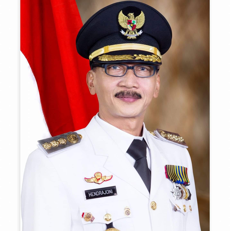 Proposal Pengajuan Jalan Tembus Kambang-Muara Labuh Diterima Presiden RI Joko Widodo