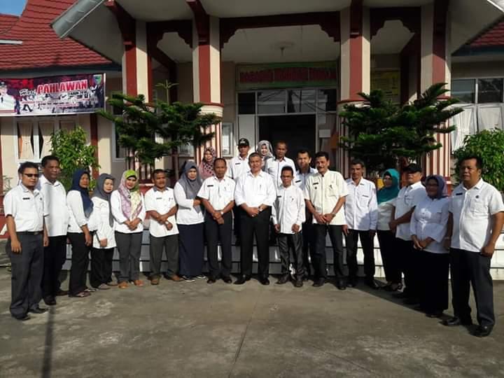 Pemerintah Kabupaten Pesisir Selatan Kepala Bkpsdm Pantau Disiplin Asn Di Kantor Camat Koto Xi Tarusan