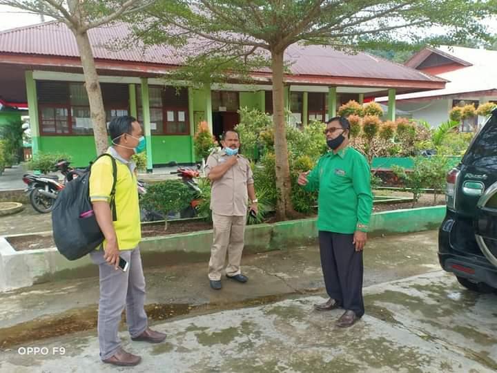 Tim Dinas Lingkungan Hidup Lakukan Pembinaan Sekolah Adiwiyata Di MTsN 7  Pesisir Selatan