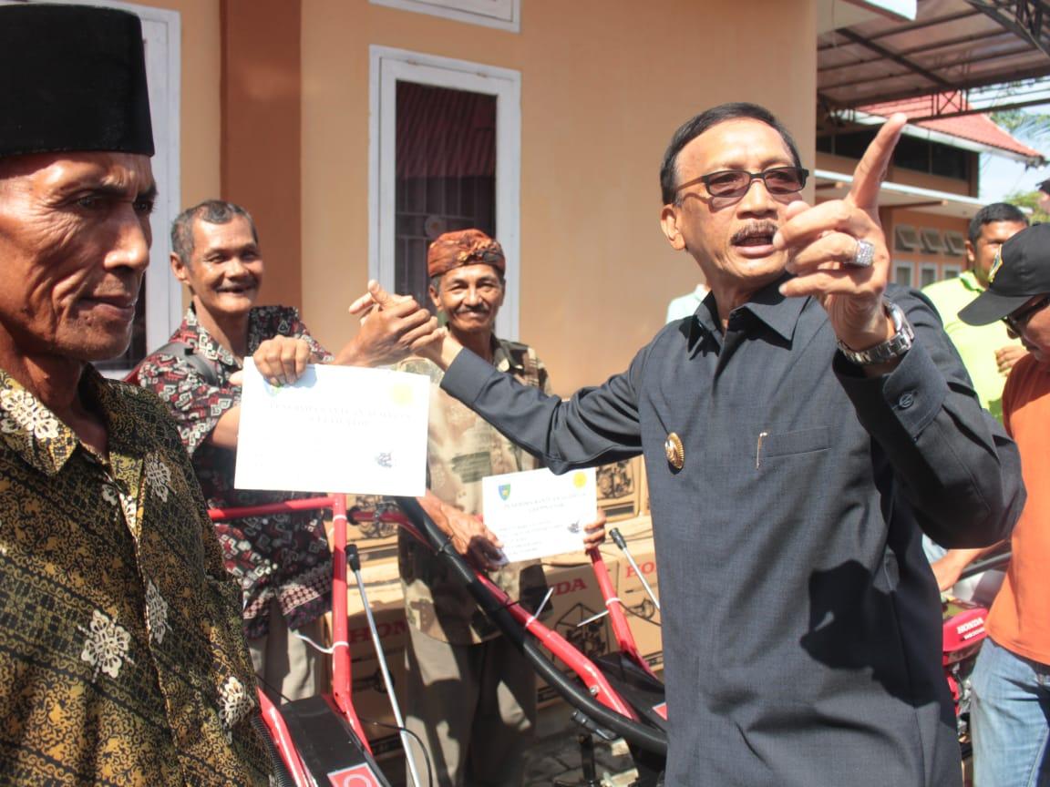 Pessel Tingkatkan Produktivitas Petani Melalui Bantuan Alsintan