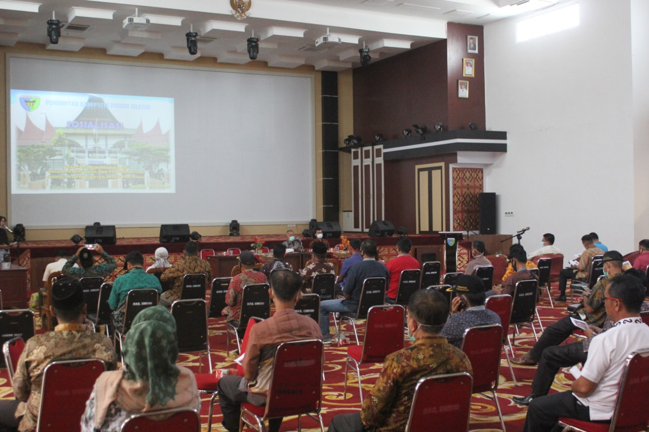 Pemkab Pesisir Selatan Sosialisasikan Perda 06 Tahun 2020 Pada Walinagari Dan Kepala  Sekolah