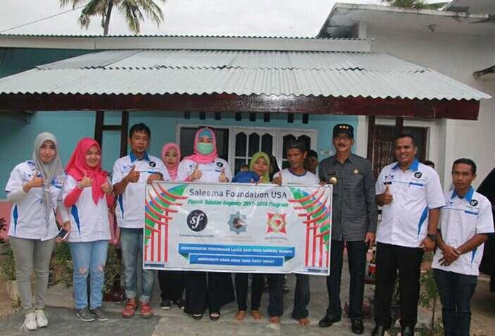 Ketua TP-PPK Pessel dan Bupati Hendrajoni Resmikan Pemakaian Lima Unit Rumah Warga Kurang Mampu
