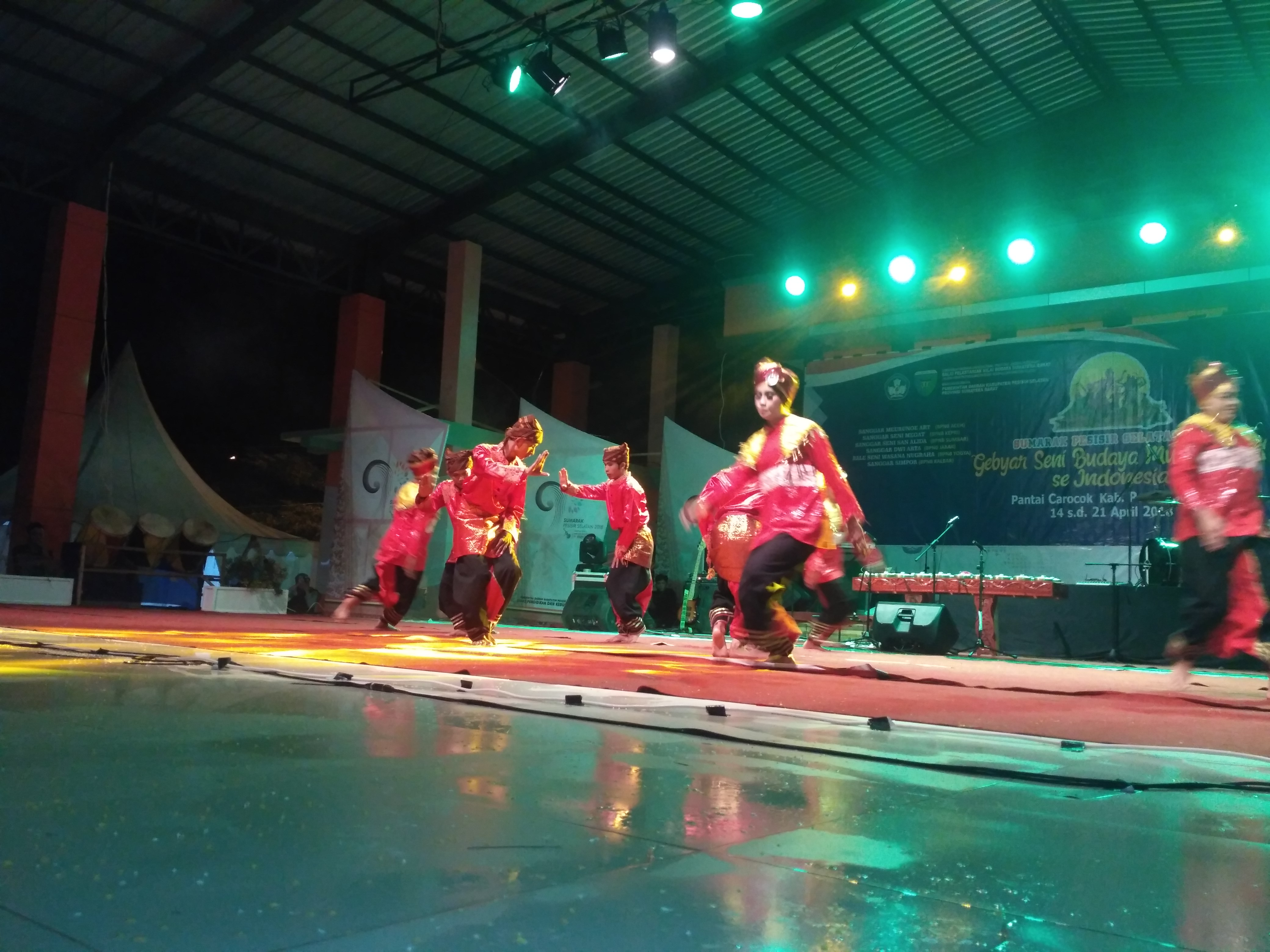 11 BPNB se Indonesia Tampilkan Seni Kreasinya Dalam Sumarak Pesisir Selatan 2018